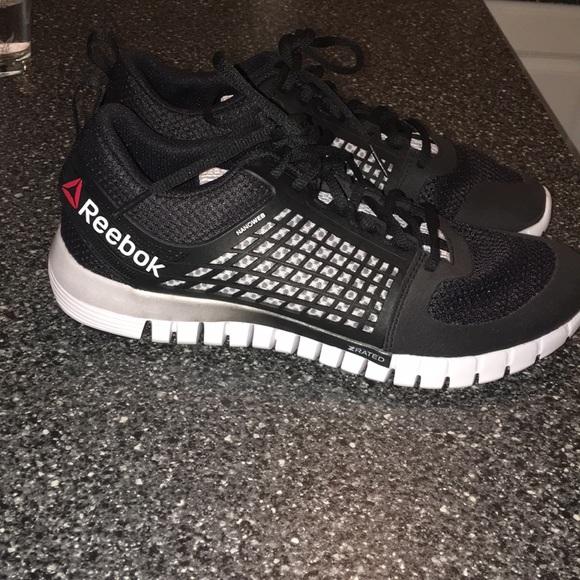 Reebok women s size 8.5 Nanoweb sneakers NWOT. M 5b38e894f63eea62441ecd6e 35b6812b8
